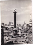 London: FORD PREFECT '49, AUSTIN A35 ESTATE, DOUBLE DECK BUS - Trafalgar Square, View From Admiralty Arch - Toerisme