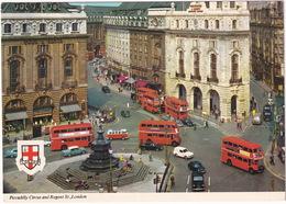 London: HILLMAN HUSKY VAN, MINX, MG 1300, VW T1 SAMBA BUS, PORSCHE 356, MERCEDES W110, DOUBLE DECK BUS - Regent Street - Toerisme
