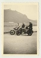 Kleines Privat Foto Motorrad Motorcycle  Bad Godesberg Drachenfels 1951 - Orte