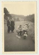 Kleines Privat Foto Motorrad Bike Nürburgring Am Karussel Kerzen Schaden 1951 - Motorräder