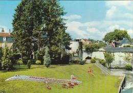 Vendôme : Le Jardin Public Au Bord Du Loir ..... ( Le Concorde Fleuri ! ) - Vendome