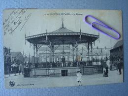 HENIN-LIETARD : Le Kiosque En 1920 - Other Municipalities
