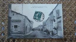VIGNEULLES LES HATTONCHATEL - CAFE DE LA REPUBLIQUE ET LA POSTE - Vigneulles Les Hattonchatel
