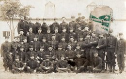 CPA 2543 - MILITARIA - Carte Photo Militaire - Un Groupe De Soldats - Photo Léon GALIEN à MOURMELON LE GRAND - Personnages
