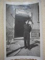 Lot De 46 Photos D'un Soldat Du 19eme Bataillon De Chasseurs Portés - Militari