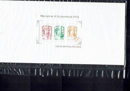 BLOC-SOUVENIR N° 82 - Type  Marianne De Ciappa Et Kawena - - Blocs Souvenir