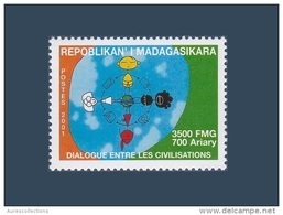 MADAGASCAR DIALOGUE DIALOGO DIALOG Among Civilisations Civilizations Civilisation Civilization Joint Issue 2001 MNH - Emissions Communes