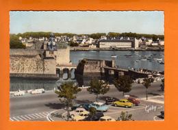 """CONCARNEAU  Finistere  CPSM     """" La Ville Le Port... """"    Le 11 9 1962   Num 9  Belle  Animation De VOITURES - Voitures De Tourisme"""