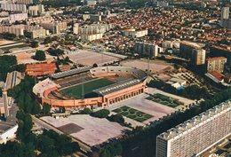 13 - Marseille : Le Stade Vélodrome - Marseille