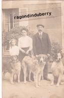 CPA PHOTO - 94 - VITRY - BEAU PORTRAIT De FAMILLE Avec Leurs CHIENS La Corresp Indique Et Propose De Donner Un Chien - Chiens
