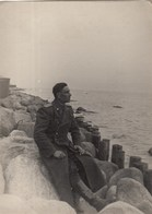 RUSSIA. #1226  A PHOTO. ARMY. MILITARY ON THE BEACH. SEA, STONES.  *** - Proyectores De Cine