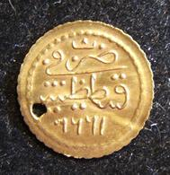 Ottoman Gold Hammered Zeri Mahbub Coin Dated 1223/1808, References Constantinople - Albanie