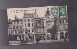 17 CHARENTE MARITIME , LA ROCHELLE  Place Et Statue FROMENTIN - La Rochelle