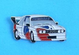 1 PIN'S  //    ** BMW M3 / PRIMAGAZ / SUPERTOURISME ** - BMW