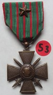 MÉDAILLE . CROIX COMBATTANT 1914-1918 .  RUBAN AVEC 1 ETOILE . - France