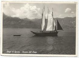 W2093 Lago Di Garda - Poesia Del Lago - Panorama - Barche Boats Bateaux / Viaggiata - Italia