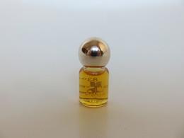 Amérique - Courrèges - 3.5 ML - Miniatures Modernes (à Partir De 1961)
