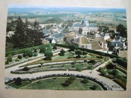 HAUTEFORT Le Château Vue Panoramique Sur Les Jardins Et La Chapelle 24 DORDOGNE Autres Communes - Francia
