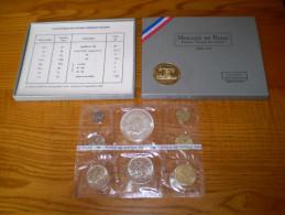 10 Francs Hercule Argent Dans Boîte Complète Fleurs De Coins 1973. 1c , 5c , 10c , 20c , 1/2f , 1f , 5 Frs - France