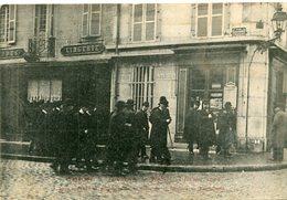 DIJON - Inventaire Des églises 3 Février 1906 Les Autorités Se Dirigent Vers La Porte De La Sacristie De Notre Dame - Dijon