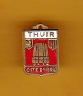 Insigne En Laiton émaillé - Thuir (66) - Pas Un Pin's - Ecusson - Armoiries - Blasons - Héraldique - Ville - Obj. 'Remember Of'