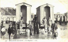 Carte Postale Ancienne De BOULOGNE Sur MER - Baigneurs - Boulogne Sur Mer