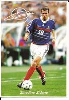 COUPE DU MONDE FOOTBALL FRANCE 98 - WORLD CUP 1998 - ZINEDINE ZIDANE CHAMPION - EQUIPE DE FRANCE CHAMPIONNE DU MONDE - Football