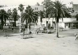 1962 ORIGINAL AMATEUR PHOTO FOTO PHILIPPEVILLE ALGERIE AFRIQUE ALGERIA AFRICA PEUGEOT 403 PICKUP ESSO PETROL STATION - Lieux