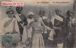 CPA Pondichery - Une Danse De Bayadère - India