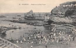 64 - BIARRITZ - Baigneurs Au Port Vieux - Biarritz