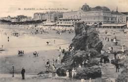 64 - BIARRITZ - Dans Les Rochers De La Plage - Biarritz
