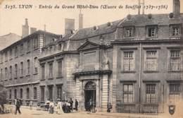 69 - LYON - Entrée Du Grand Hôtel-Dieu - Lyon
