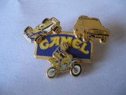 CAMEL PRO TEAM Double Moule - Pin's