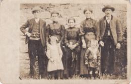 DORDOGNE BADEFOLS CARTE PHOTO FAMILLE - France