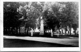 47 GRANGES - La Place Papon Lagrave Et Le Monument - Autres Communes