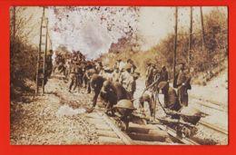 Div129 Carte-Photo Chantier Construction Voies Ferrées Poste à Souder Les Rails Electrique 1920s ! Cf ETAT - Métiers