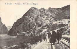 SERBIE Militaire Sur La Voie De Chemin De Fer Aux Portes De Fer à DEMIR-KAPOU Guerre 14/18 - Serbia