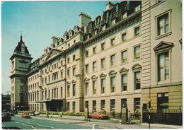 London: FORD ESCORT, AUSTIN MINI - Belisha Beacon - The Great Western Royal Hotel, Praed Street, Paddington - Toerisme