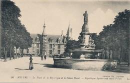 CPA - France - (58) Nièvre - Nevers - La Place De La République - Nevers