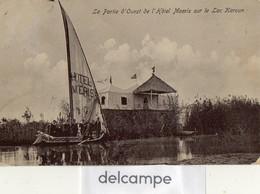CPA -  EGYPTE -  La Partie D'ouest De L'Hotel MOERIS Sur Le Lac KAROUN -  Bateau  Hotel Moeris Avec Le Personnel - Unclassified