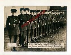 ANGLETERRE-Compagnie De FEMMES POMPIERS-Guerre 14-18-1WK-Grosse CP PHOTO Allemande-Paul HOFFMANN - Guerre 1914-18