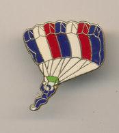 SAINT LARY - Paracadutismo