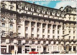 London: FORD CORSAIR, ZODIAC ZEPHYR MK3, HUMBER HAWK  - The Waldorf Hotel - Toerisme