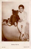 CINEMA - ACTEUR : BOBBY BURNS & TEDDY BEAR / OURS En PELUCHE - CARTE VRAIE PHOTO / REAL PHOTO ~ 1920 - '30 - ROSS (aa892 - Acteurs