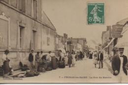 17 FOURAS  La Rue Du Marché - Fouras-les-Bains