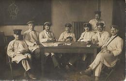 SOLDATS ALLEMANDS JOUANT Aux CARTES - DEUTSCH SOLDATEN - Guerre 1914-18 - Carte-photo  - WW1 - A Voir ! - Guerre 1914-18
