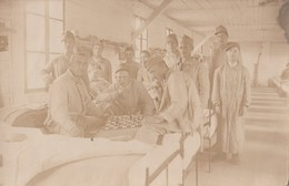 Chess WWI Soldiers In Hospital Real Photo Postcard - Ajedrez