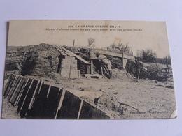 Signal D'alarme Avec Une Grosse Cloche Contre Les Gaz Asphyxiants - Guerre 1914-18