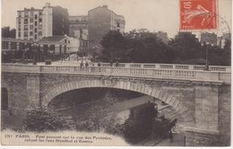 PARIS XX : Pont Passant Sur La Rue Des Pyrénées , Reliant Les Rues Stendhal Et Ramus . - Arrondissement: 20