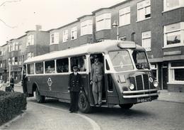 Bus Chausson, HTM 50, Den Haag, Vlierboomstraat, 1946, SVA - Voitures